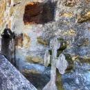 24 Voronet crucea de la intrare
