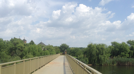 Pod peste lacul Snagov
