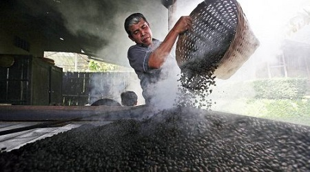 Prajirea manuala a cafelei